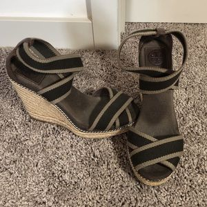 Size 7 Tory Burch brown wedges- gently worn